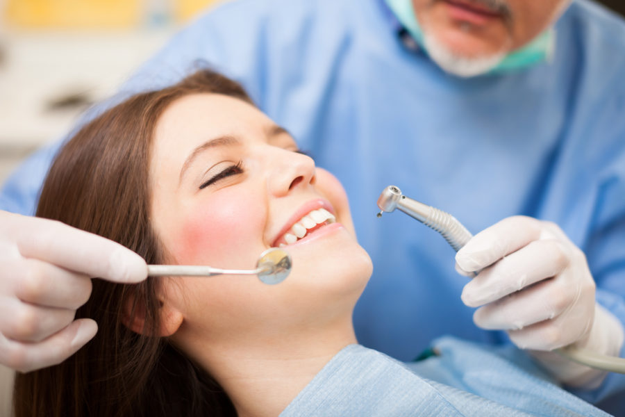 Indicators That Your Child Must See a Kids Dentist in Scottsdale, Arizona